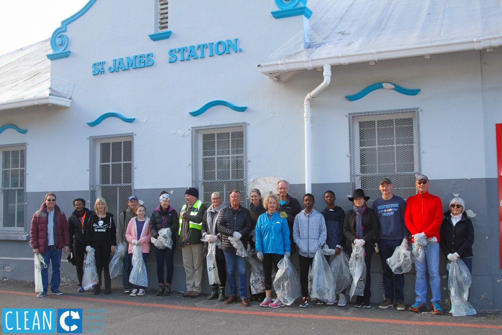PETCO kicks off Mandela Month with a Train-track Clean-up