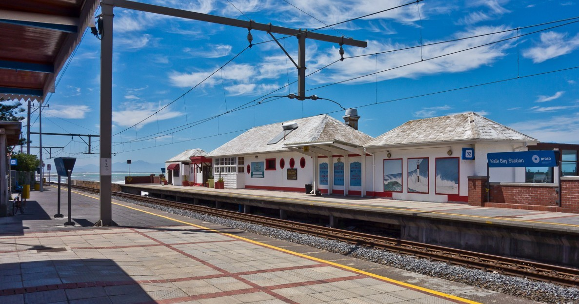 KALK BAY TO ST. JAMES TRAIN TRACK CLEANUP SUNDAY 3 FEBRUARY